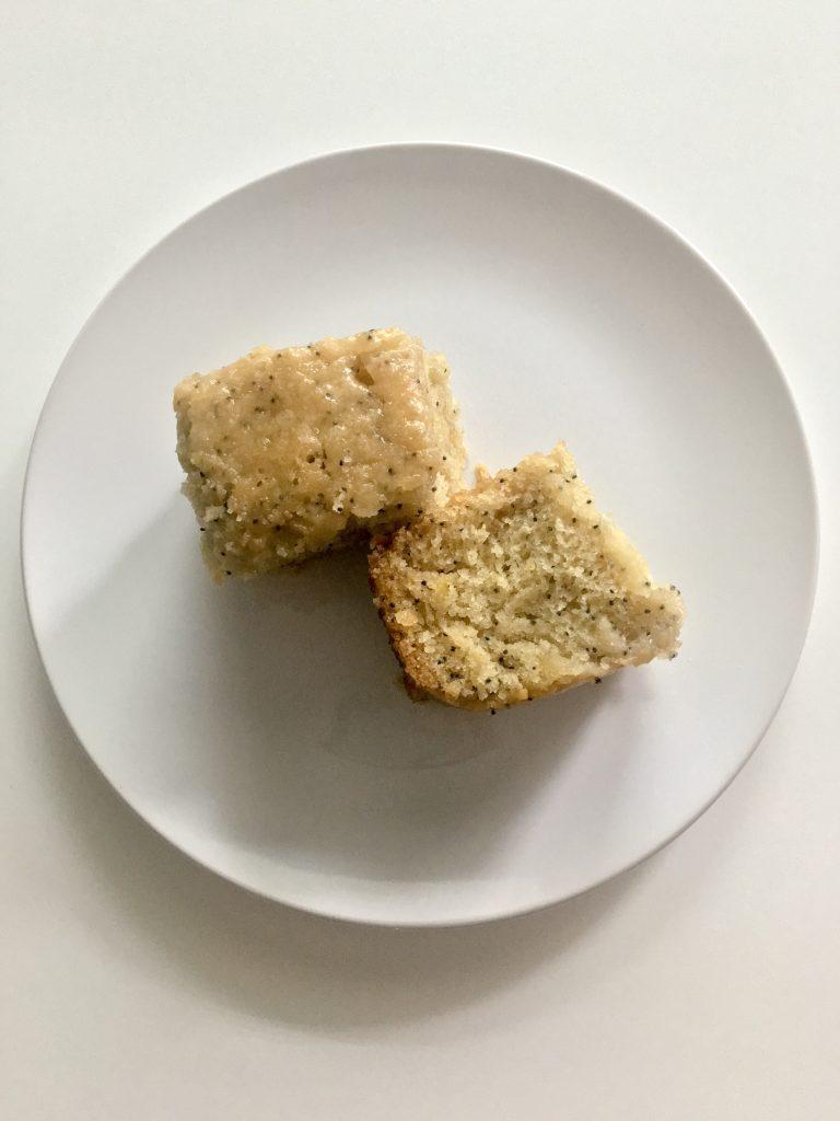 Mini Lemon Drizzle Cake | The Urben Life