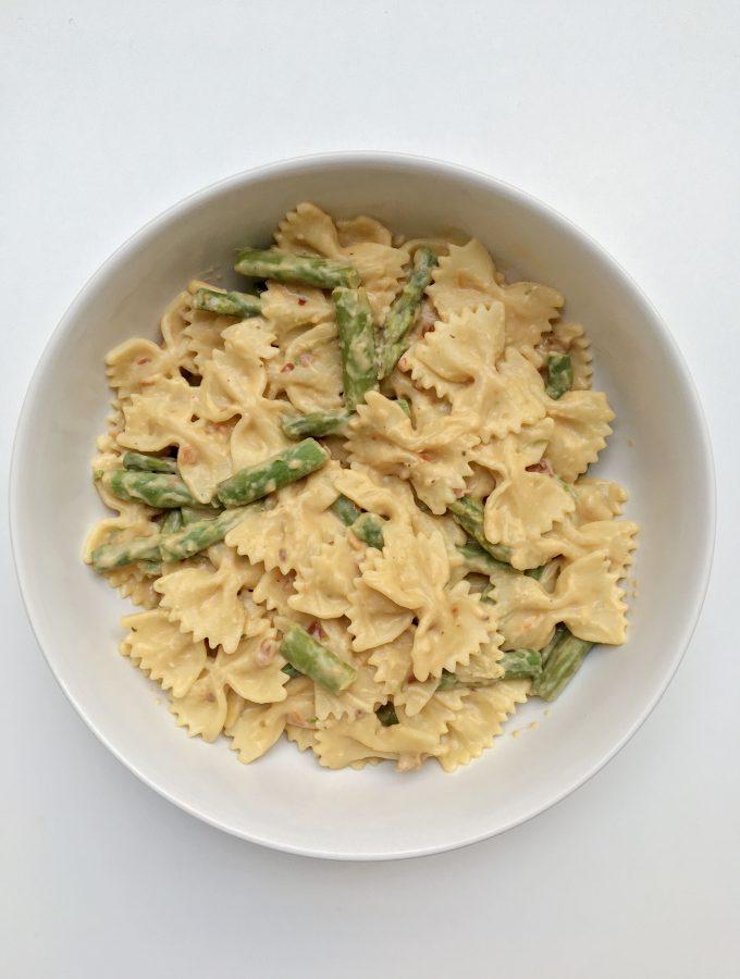 Asparagus and Sun Dried Tomato Hummus Pasta Recipe